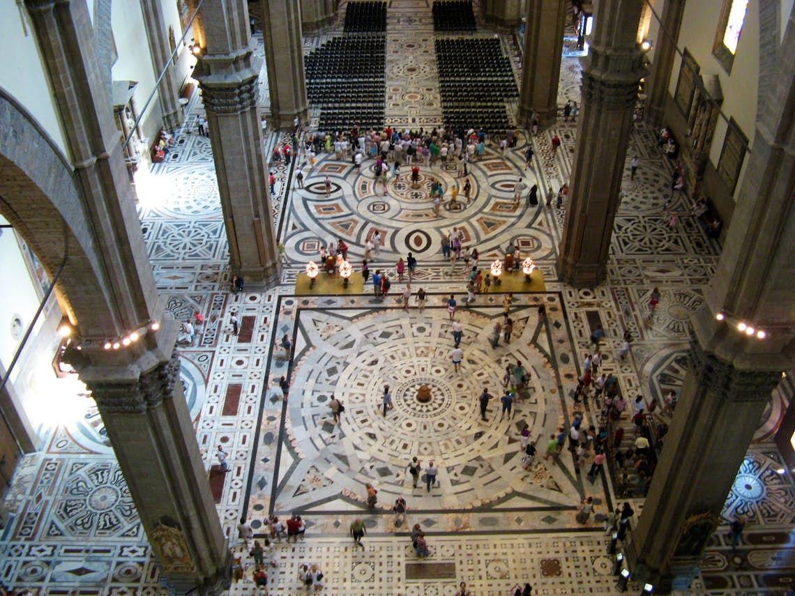 Tour delle terrazze e del Duomo di Firenze: VIP tour privato della ...