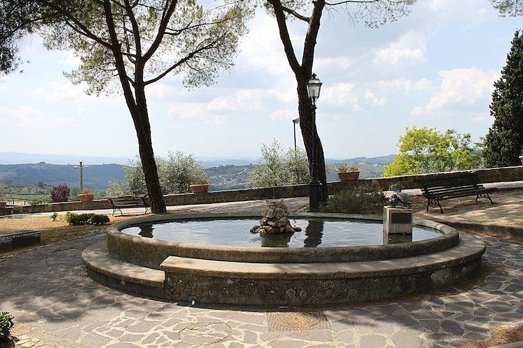 Fountain in Barbeino val d'Elsa