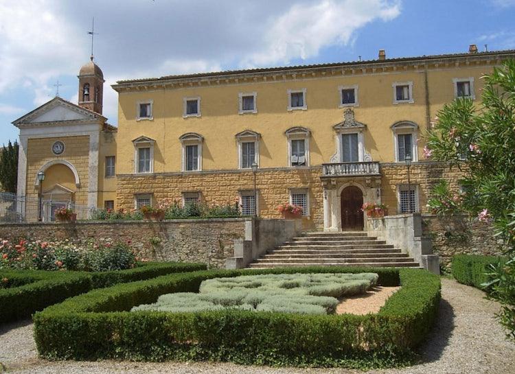 Southern tip of Chianti Classico, Castelnuovo Berebenga