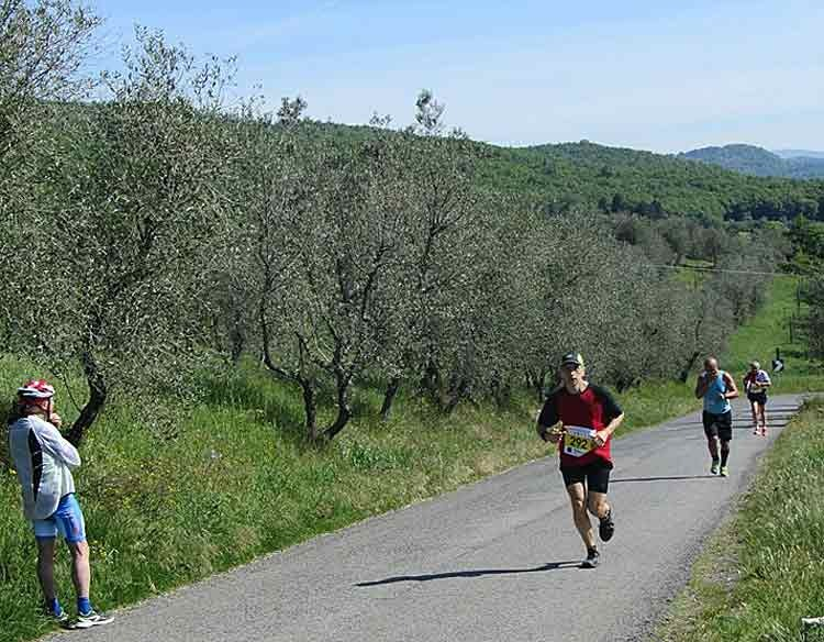 Another Discover Tuscany team member running the half marathon in Florence