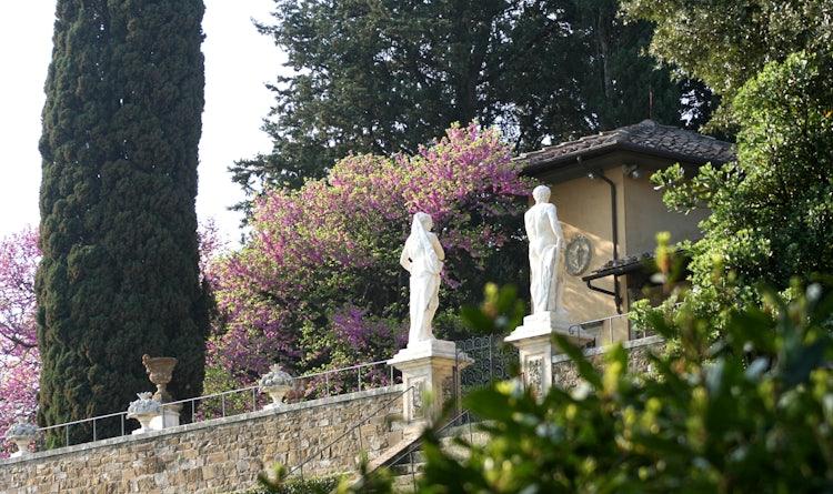 Bardini Gardens - Statues throughout the gardens