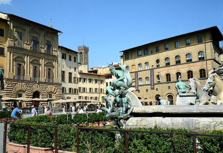The majesticfountains in Piazza Signoria in Florence city center