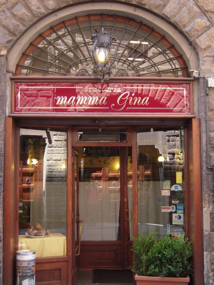 Mamma Gina for a great bistecca fiorentina in Florence Tuscany