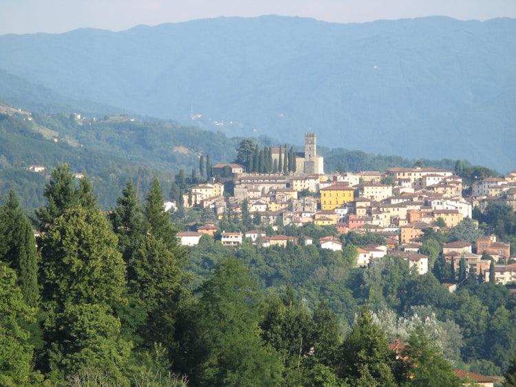 An Itinerary in Garfagnana: Visit Barga