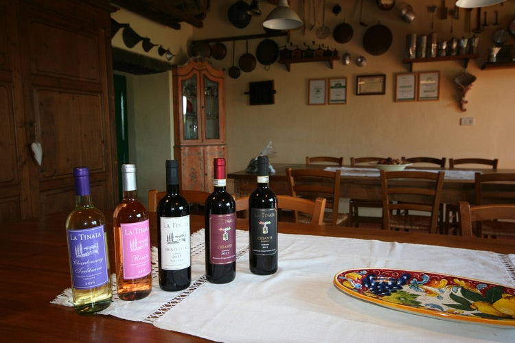 Selection of wines from Agriturismo La Tinaia
