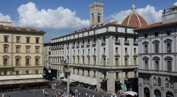 In Piazza Rebblica with Hotel Savoy