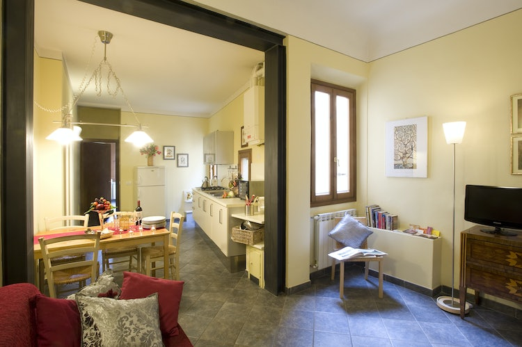 Fully equipped kitchen and eat in dining area in Oltrarno Apartment in Florence