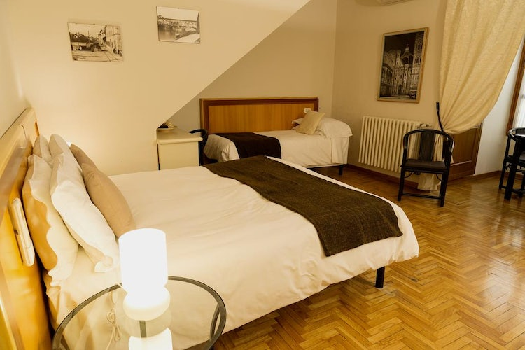 Kid-friendly Accommodations in Florence, Italy :: Comfortable city center apartment, Oltrarno