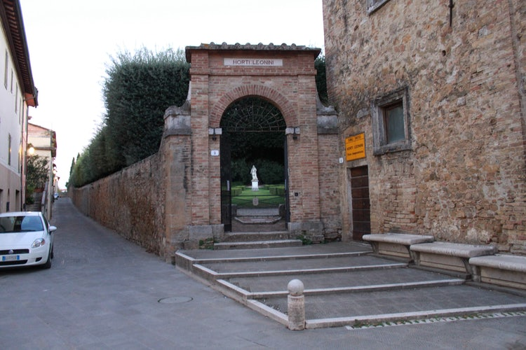 Doors to the town of San Quirico