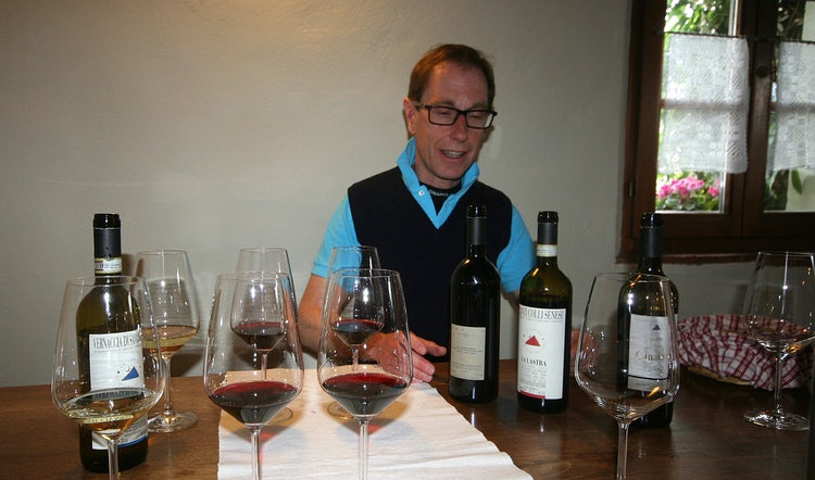 La Lastra Vineyards and your guide: The Ultimate Wine Experience